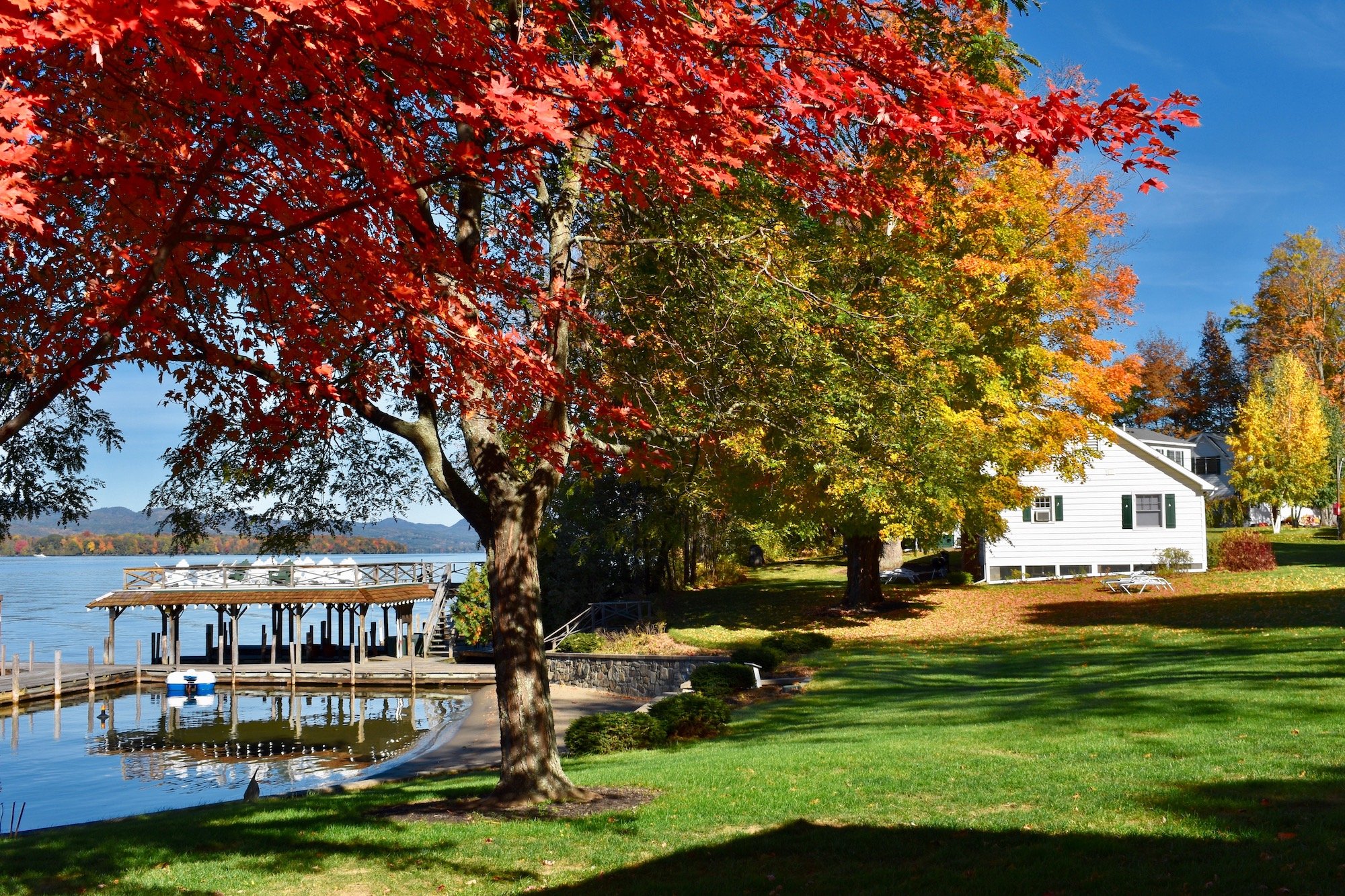 Lake George vacation cabin rental at Takundewide Cottages on Lake George Fall Foliage