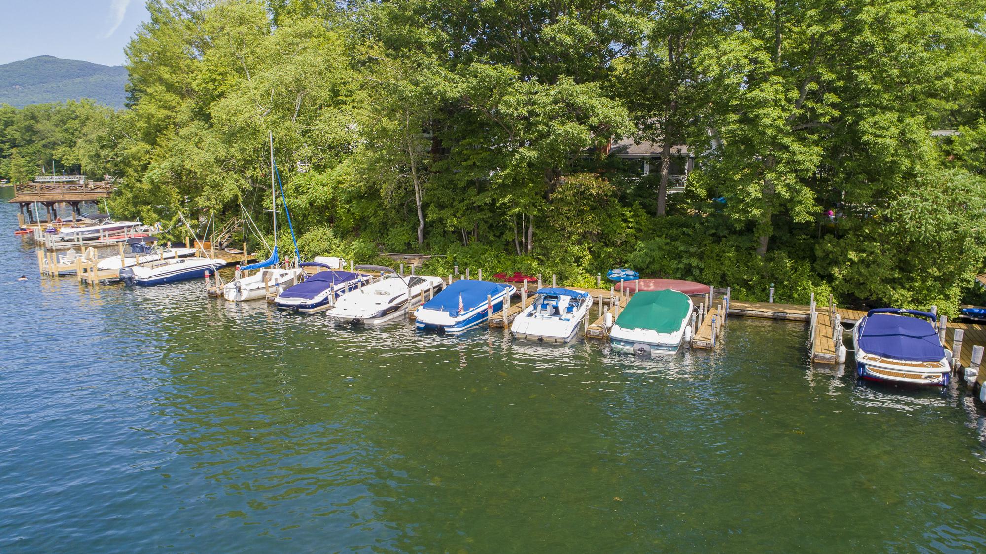Takundewide Cottages on Lake George north finger slips