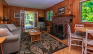 Cottage#19livingroomDSC_0219