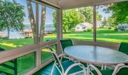 Takundewide Cottage #10 Porch