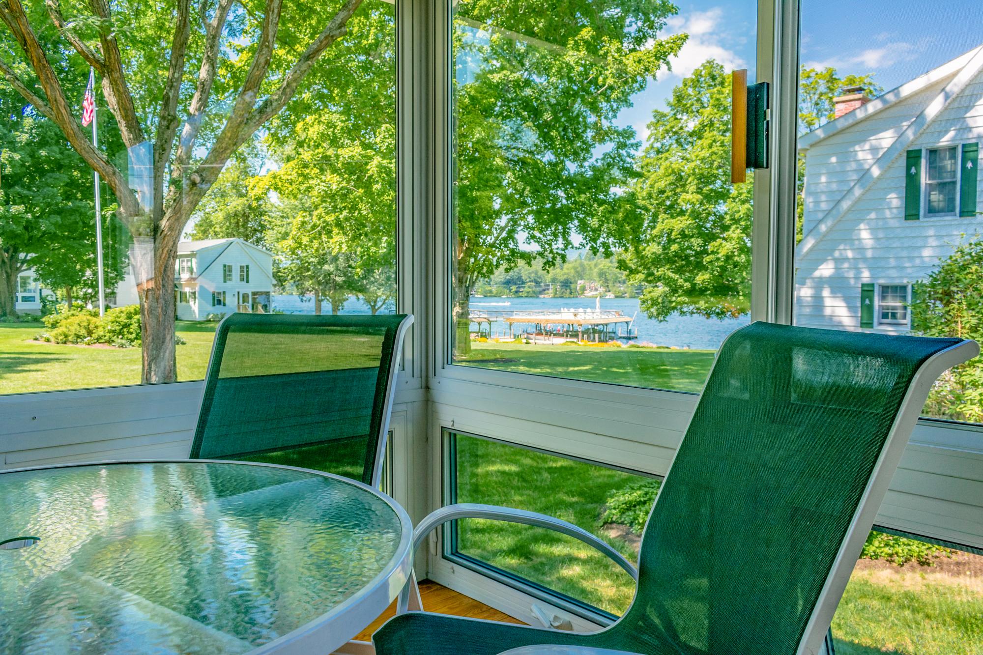 Takundewide Cottage #11 Porch