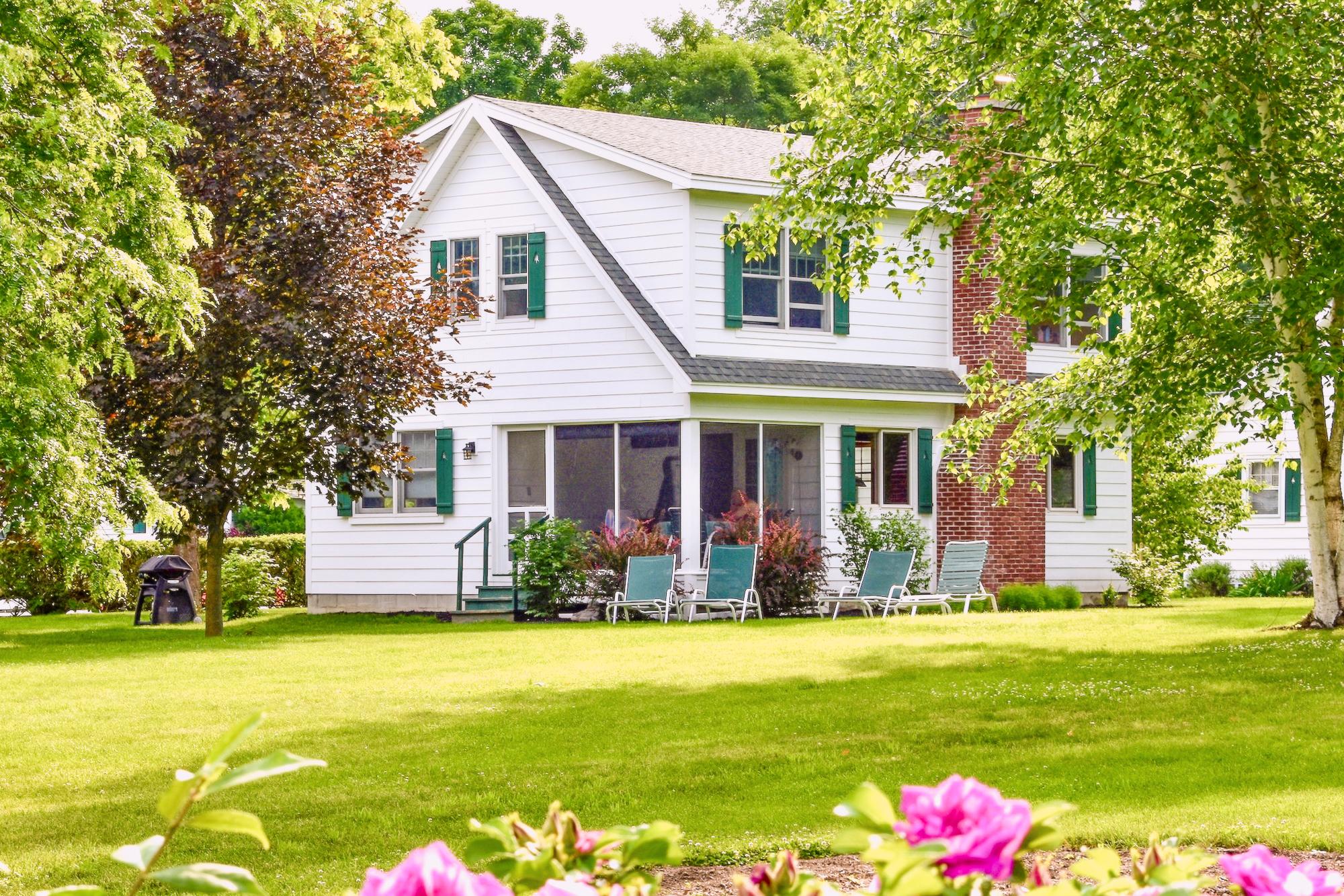 Takundewide Cottage #13 exterior