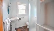 Takundewide Cottage #21 downstairs bathroom