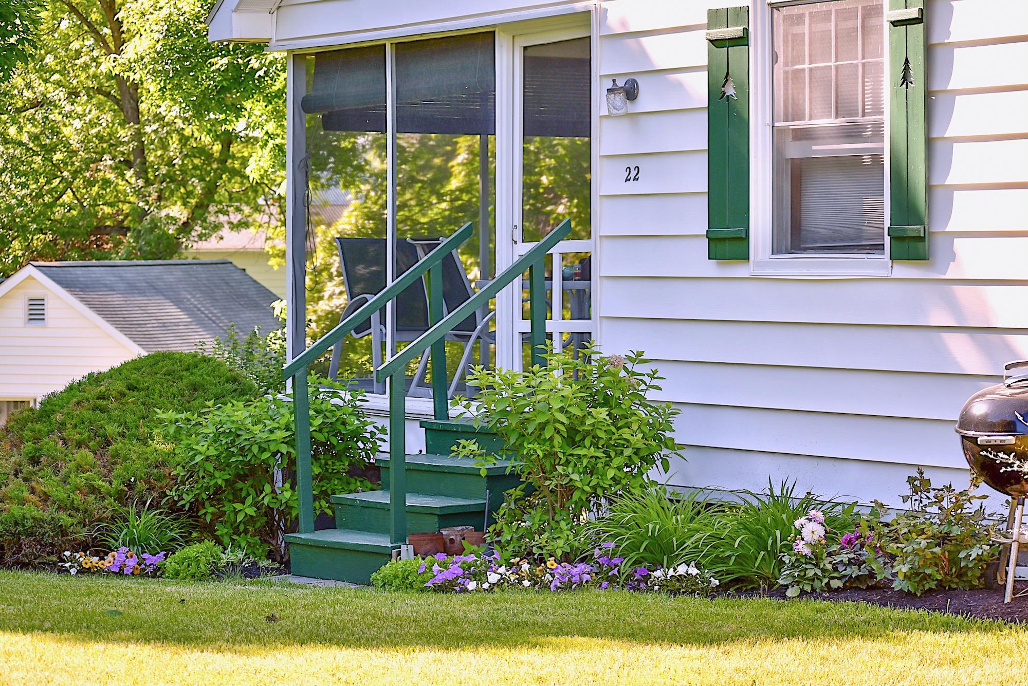 Takundewide Cottage #22 exterior