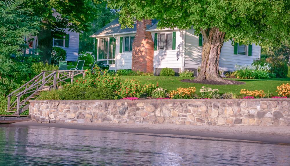 Takundewide Cottage #4 exterior