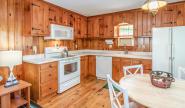 Takundewide Cottage #4 kitchen anddiningarea