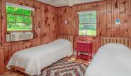 Takundewide Cottage #4 twinbedroom