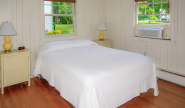 Takundewide Cottage #5 Queen Bedroom