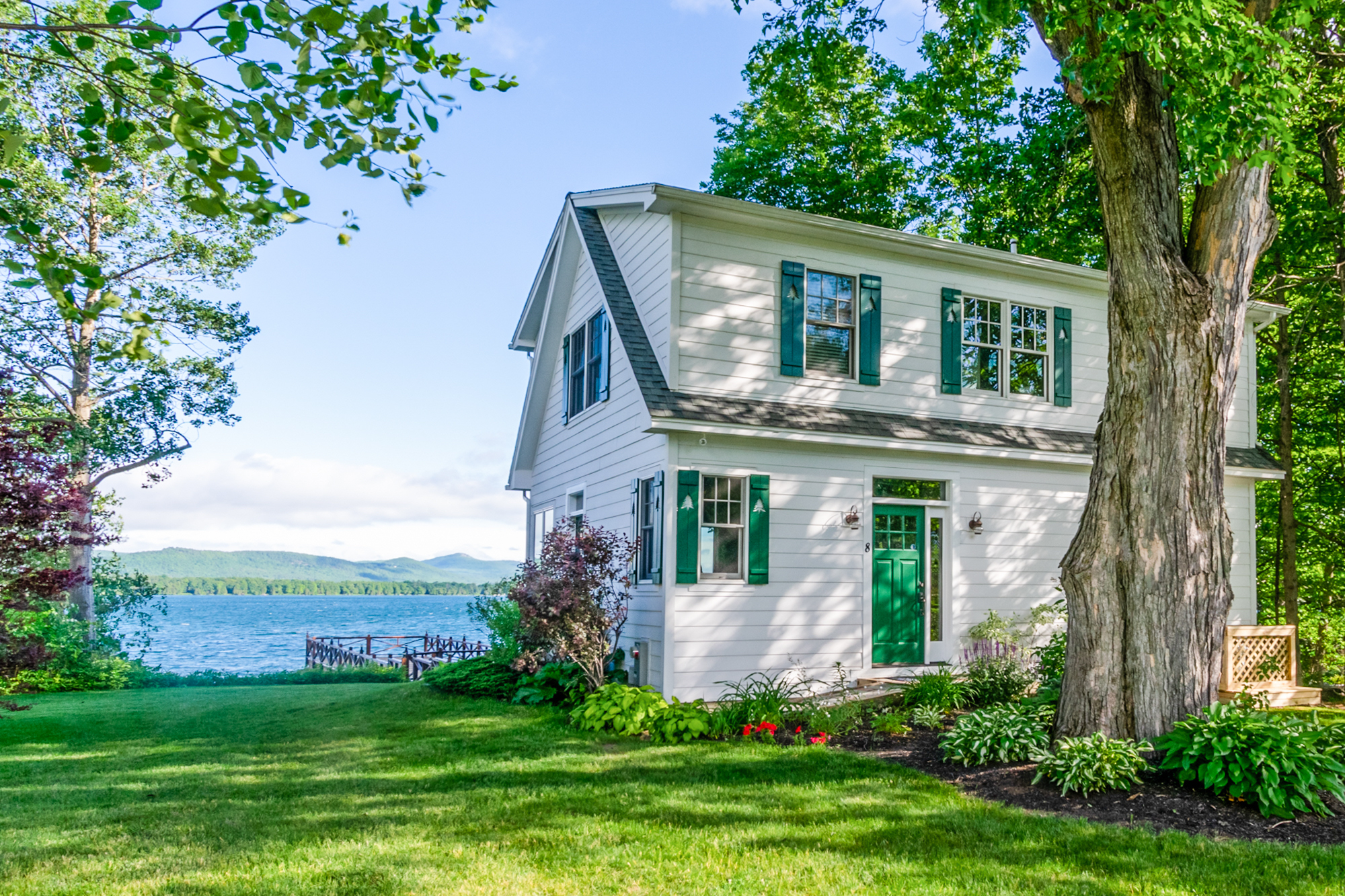 Takundewide Cottage #8 exteriorDSC_0005